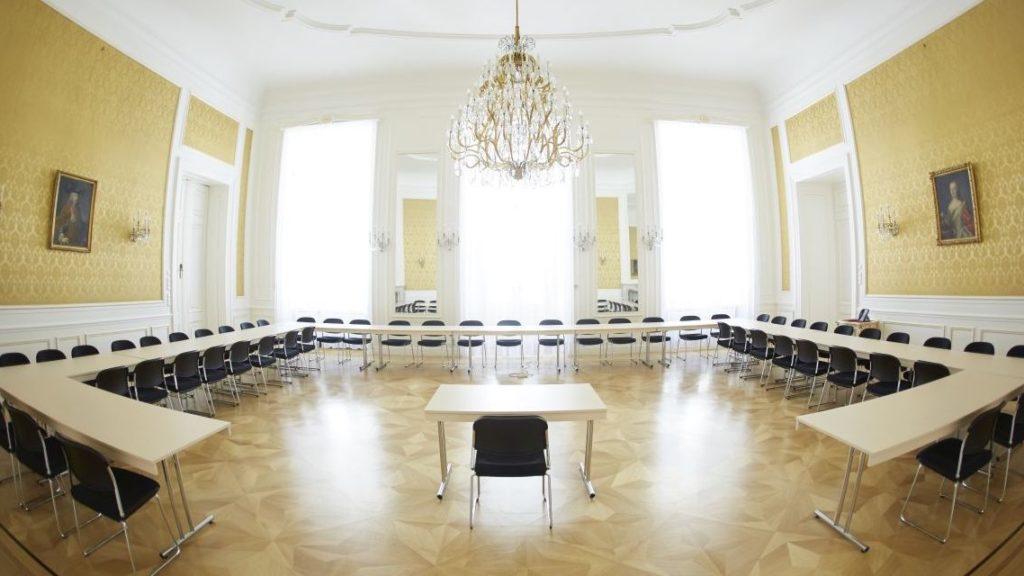 (Bild: © Österreichischer Verwaltungsgerichtshof - Gelber Salon (BundespressedienstWenzel))